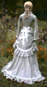 Ladies Victorian Dresses and Gowns